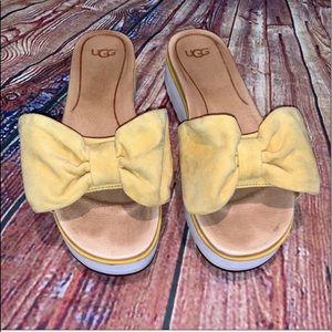 Ugg | treadlite Joan yellow bow slofe sandal 7.5